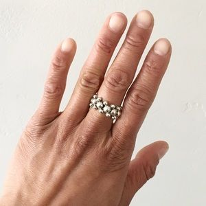 🆕 Listing!  Vintage | Silver Bubbles Ring